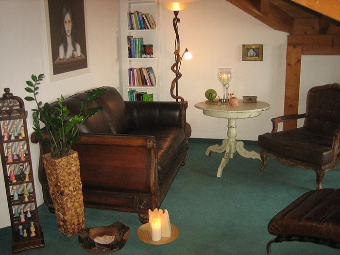 Praxis Sofa